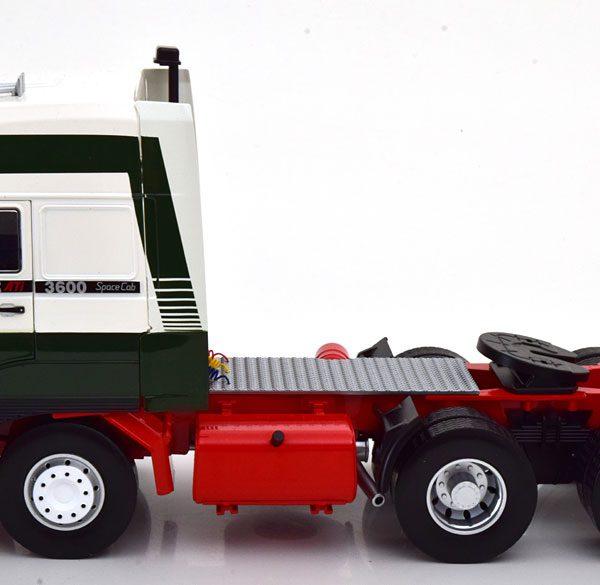 Daf 3600 Space Cab 1986 ( met Eddie Stobart Decals ) Groen / Wit / Rood 1-18 Road Kings Limited 600 Pieces
