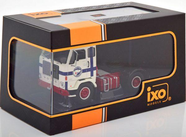 "Volvo F88 ""Polar Express"" 1971 Wit / Blauw / Rood 1-43 Ixo Models"