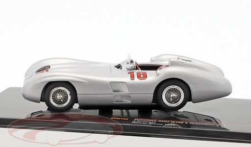Mercedes-Benz W196 R Streamliner #18 F1 World Champion Winner Monza 1955 J. M. Fangio 1-43 Ixo Models