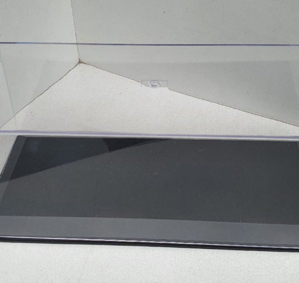 Kunststof Vitrine kastje voor het stofvrij etaleren van uw 1-18 schaalmodel Afmetingen: 61 X 36,5 X 19 cm