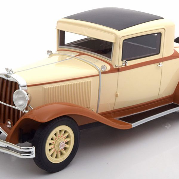 Dodge Eight DG Coupe Beige / Bruin 1-18 BOS Models Limited 504 Pieces