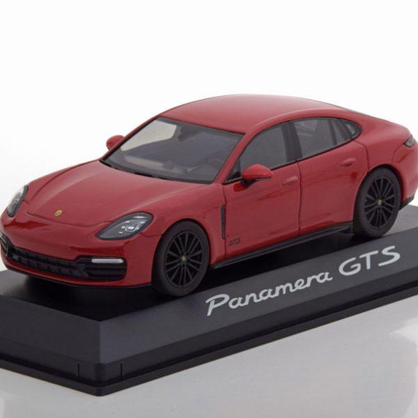 Porsche Panamera GTS 2018 Rood 1-43 Herpa