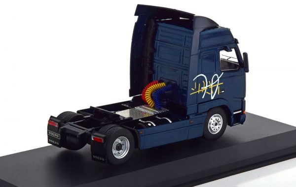Volvo FH12 1994 Donkerblauw Metallic 1-43 Ixo Models