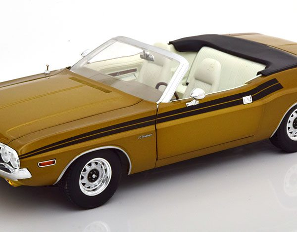 "Dodge Challenger 340 ""The Mod Squad"" 1971 Goud / Bruin 1-18 Greenlight Collectibles"