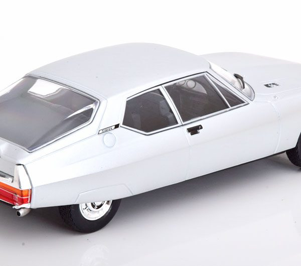 Citroen SM 1970 Zilver 1-24 Whitebox