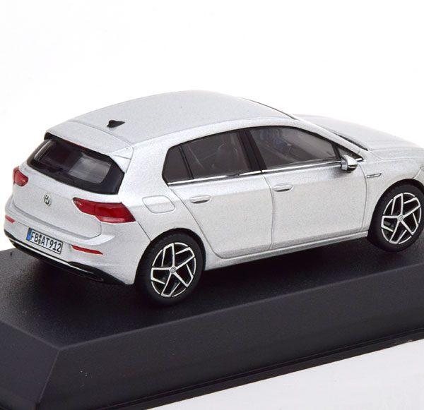 Volkswagen Golf VIII 2020 Zilver 1-43 Norev