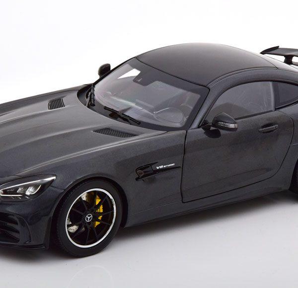 Mercedes-Benz AMG GT-R 2019 Donkergrijs Metallic 1-18 Norev
