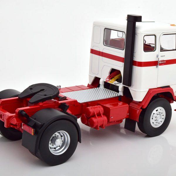 Volvo F88 1971 Wit / Rood 1-18 MCG Models ( Metaal )