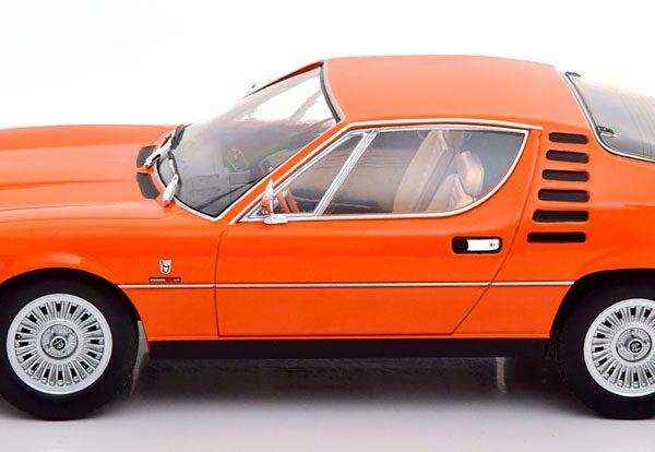 Alfa Romeo Montreal 1970 ( Interieur Beige ) Oranje 1-18 KK Scale Limited 500 Pieces