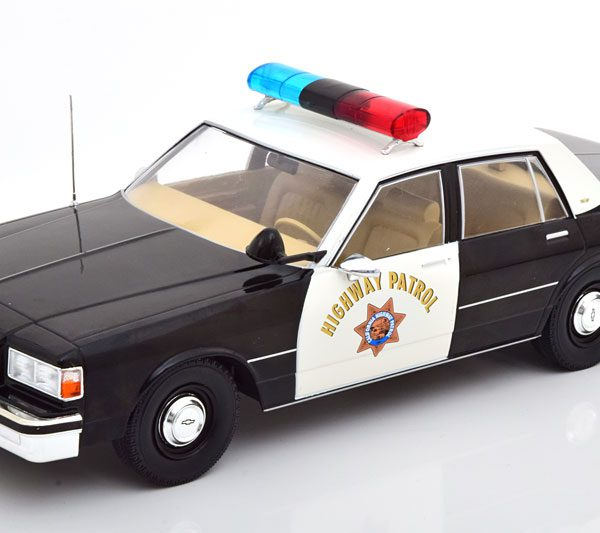 Chevrolet Caprice California Highway Patrol Zwart / Wit 1-18 MCG Models