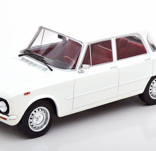 Alfa Romeo Giulia Nuova Super 1974 Wit 1-18 MCG Models