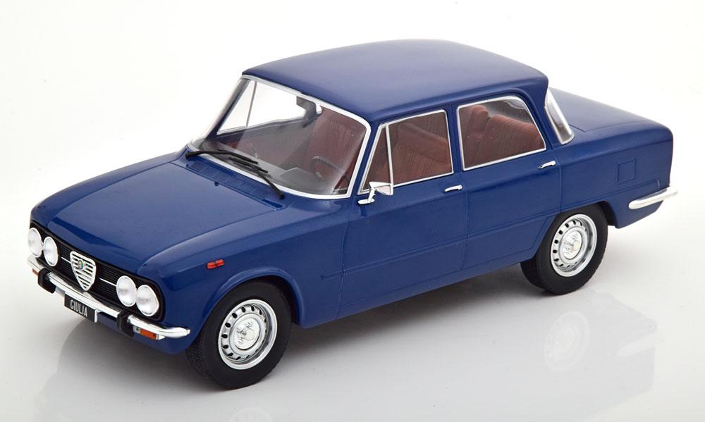 Alfa Romeo Giulia Nuova Super 1974 Blauw 1-18 MCG Models