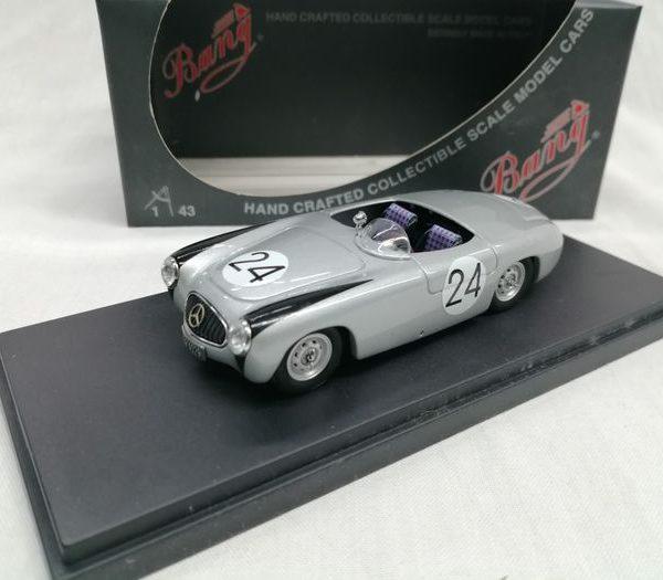 Mercedes-Benz 300 SL52 Spider #24 Nürburgring 1952 Driver King 1-43 Zilver Bang