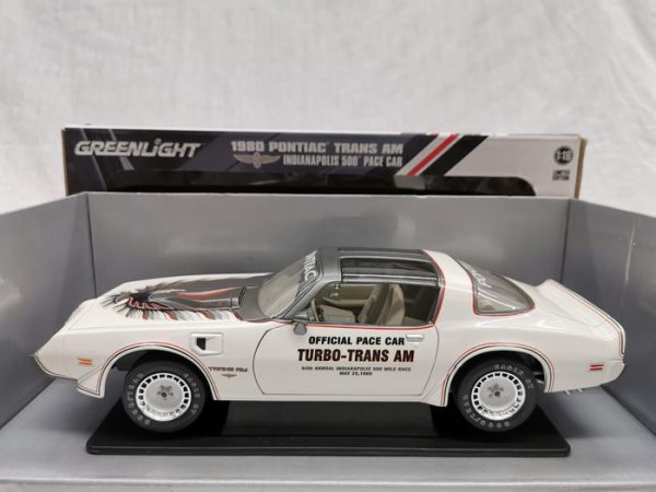 Pontiac Trans Am 1980 Indianapolis 500 Pace Car White 1-18 Greenlight Collectibles