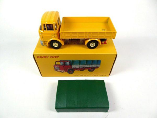 """Camion Bâché Berliet """"GAK"""" Geel / Groen 1-43 Dinky Toys ( Atlas )"""