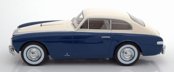 Cunningham C-3 Continental Sports Coupe 1952 Wit / Donkerblauw 1-18 CMF Limited 300 Pieces ( Resin )