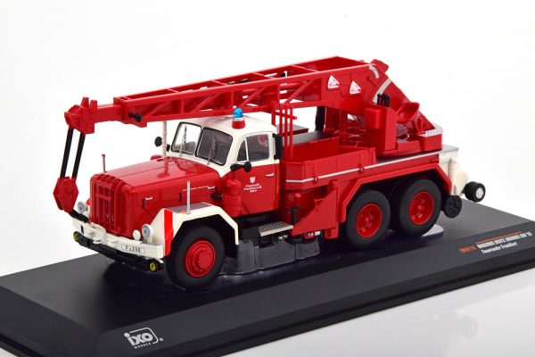 "Magirus Uranus KW 16 ""Brandweer Frankfurt"" Rood 1-43 Ixo Models"