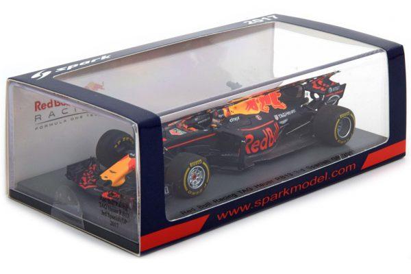 Red Bull Racing TAG Heuer RB13 3rd Spanisch GP 2017 Daniel Ricciardo 1-43 Spark