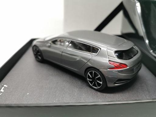 Peugeot HX1 Concept 2011 Grijs Metallic 1-43 Norev ( Giftbox )