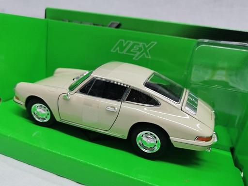 Porsche 911 1964 Beige 1-24 Welly