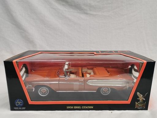 Edsel Citation Cabriolet 1958 Oranje 1-18 Lucky Diecast