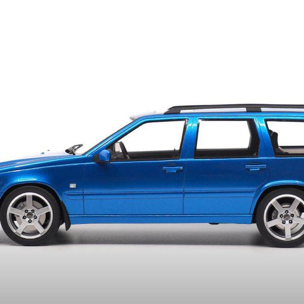 Volvo V70 R 1999 ( Eerste Generatie ) Laser Blue Metallic 1-18 DNA Collectibles