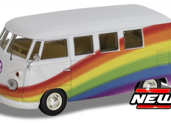 "Volkswagen T1 Campervan ""Peace , Love and Rainbows"" 1-43 Corgi"