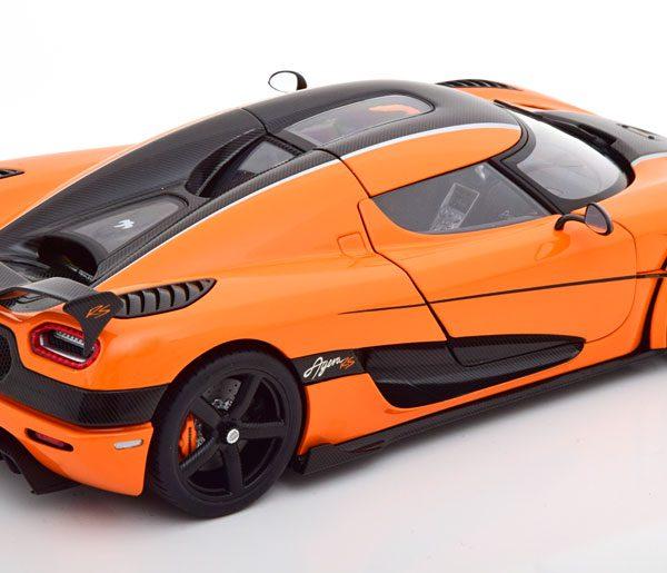 Koenigsegg Agera RS 2015 Oranje / Carbon 1-18 Autoart
