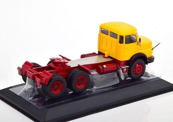 Mercedes LS 2624 1979 Geel / Rood 1-43 Ixo Models