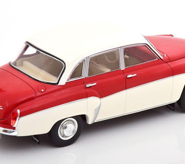 Wartburg 312 Rood / Wit 1-24 Whitebox