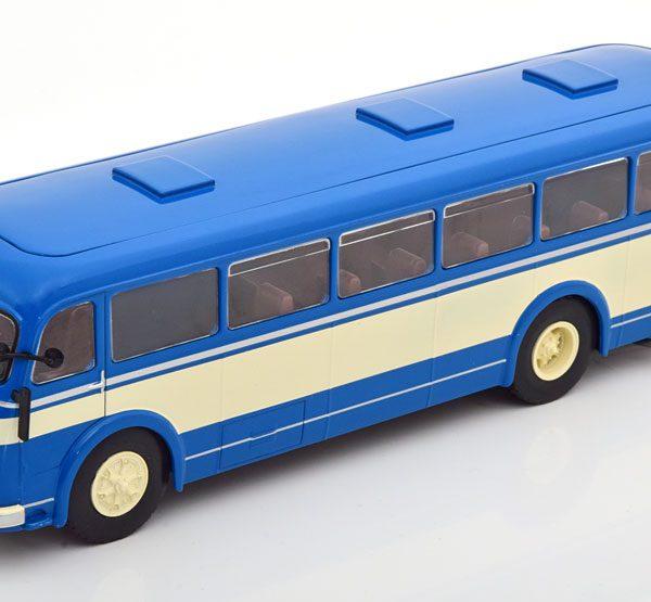 Skoda 706 RO 1947 Blauw / Beige 1-43 Ixo Models