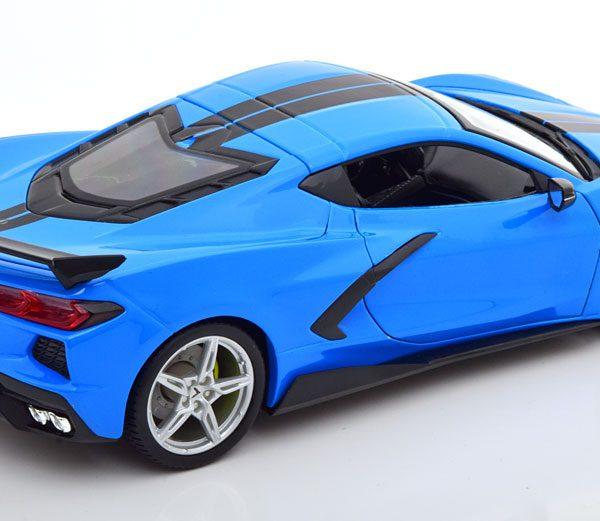Chevrolet Corvette Stingray Coupe 2020 Blauw / Zwart 1-18 Maisto