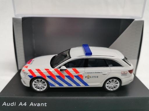 Audi A4 Limousine 2016 Nederlandse Politie ( Oude Striping ) Omgebouwd 1-43 Spark