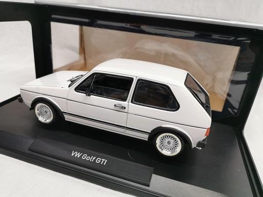 Volkswagen Golf I GTI 1976 Wit ( Inkl. BBS Velgen Zilver ) 1-18 Norev
