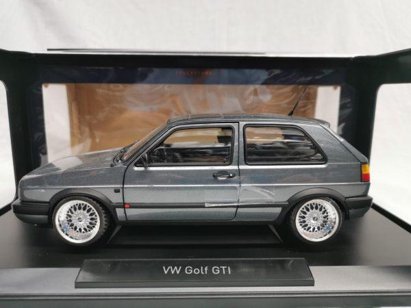 Volkswagen Golf II GTI 1990 ( Inkl. BBS Velgen Zilver ) Grijs Metallic 1-18 Norev