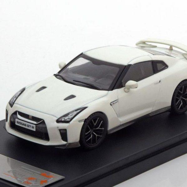 Nissan GT-R 2017 Wit Metallic 1-43 PremiumX