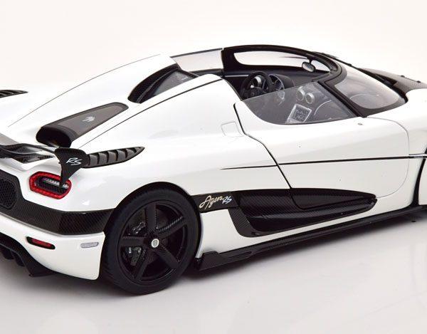 Koenigsegg Agera RS 2015 Wit / Carbon 1-18 Autoart