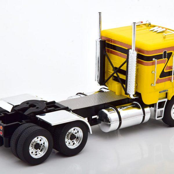 Freightliner FLA 1993 Geel 1-43 Ixo Models