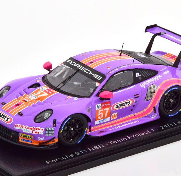 """Porsche 911 RSR #57 """"Team Project 1""""24 Hrs Le Mans 2020 Paars 1-43 Spark"""