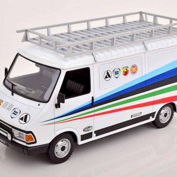 "Fiat 242 ""Abarth Assistance"" 1980 1-18 Ixo Models"