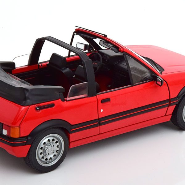 Peugeot 205 CTI Cabriolet 1989 Rood 1-18 Solido