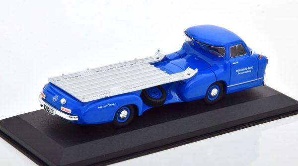 "Mercedes-Benz ""Renntransporter"" 1955 Blauw 1-43 Ixo Models"