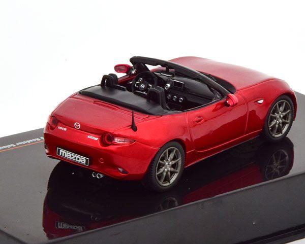 Mazda MX-5 Roadster Selection 2016 Rood Metallic 1-43 Ixo Models
