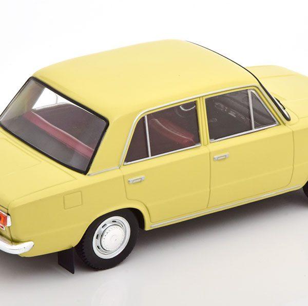 Lada 1200 Limousine Geel 1-24 Whitebox ( Metaal )