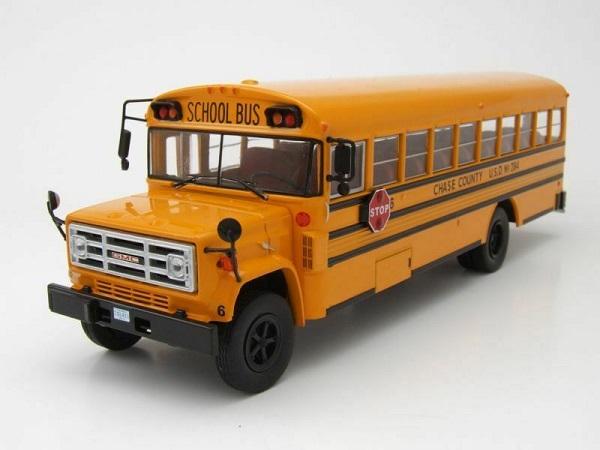 "GMC 6000 Schoolbus 1990 ""Amerikaanse Autobús"" 1-43 Ixo Models"
