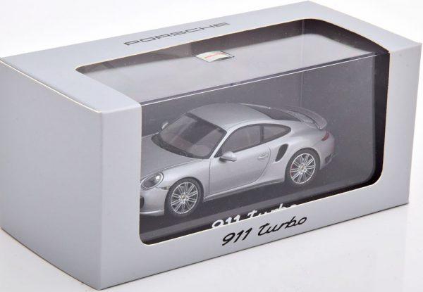 Porsche 911 (991) Turbo 2013 Zilver 1-43 Minichamps ( Dealer )