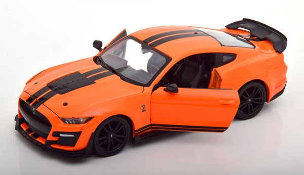 Ford Mustang Shelby GT500 2020 Oranje / Zwart 1-24 Maisto