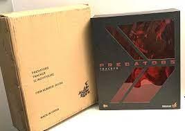 Predators Tracker 12 Inch / 32 cm Hot Toys
