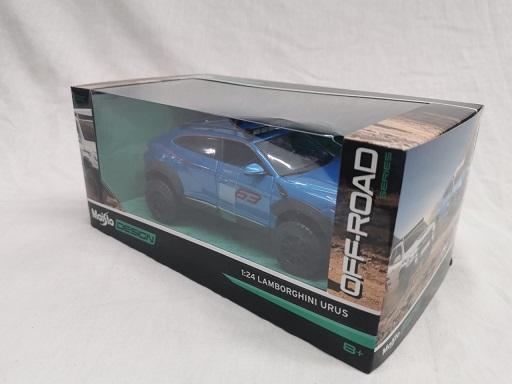 Lamborghini Urus #63 Off-Road Blauw 1-24 Maisto Design