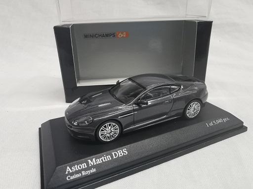 "Aston Martin DBS 2006 ""Casino Royale"" Grijs Metallic 1-64 Minichamps Limited 5040 Pieces"